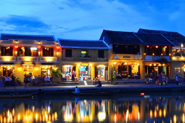 travel agent in danang city